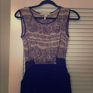 2-toned sleeveless dress